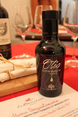 Olio Extra Vergine di Oliva Salento-Puglia-Italia