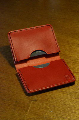 Business card holder      Material : saddle leather (red color) / Size : 110mm × 90mm × T 7mm