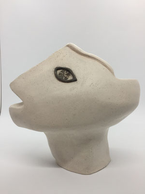 Vase-Sculpture (profile L), 2019 - Hand polished white chamotte clay, black clay