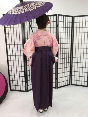 アニメの影響での袴が好きだそうです。