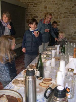 Le goûter ! sur du pain ou de la brioche de Jean-Benoît (qui était là aussi), le fromage de chèvre se mange sans modération
