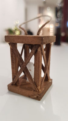 Holzlaternchen