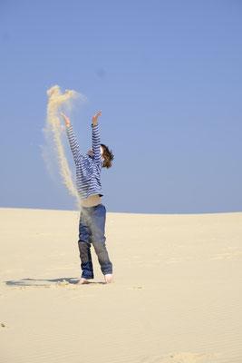 Hier darf man auch mal mit Sand schmeißen