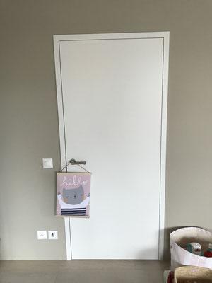 Zimmertüren mit Blockrahmen (Tulpenholz) gespritzt RAL 9016