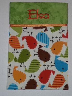 Vögel orange-grün; Stoff reicht nur noch für eine U-Heft-Hülle