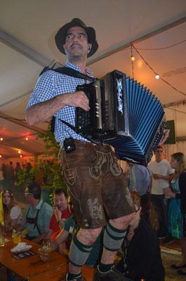 www.albfetza.de Albfetza Europas beste Oktoberfest Partyband