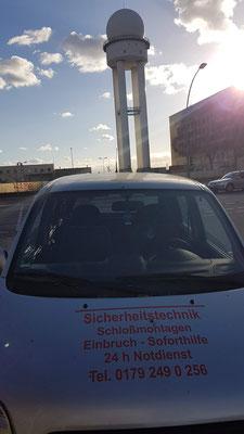 Schlüsseldienst Berlin Tempelhof am Flughafen