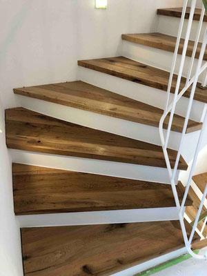 Treppengeländer Parkettverlegung