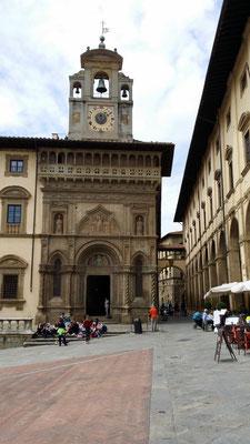 Piazze grande, Arezzo