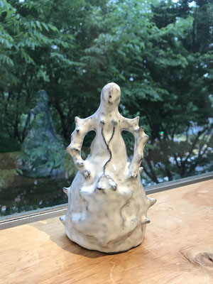 Mother 2019/ceramic 個人蔵