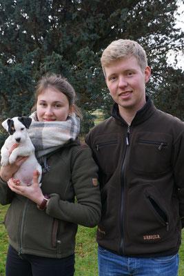 Amsel ist Inselhund geworden und lebt nun auf Fehmarn bei Imke und Wolfgang :-)