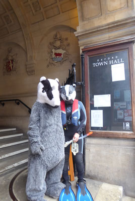 Oxfordshire Badger Group presents Seacourt petition at Oxford Town Hall