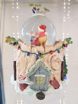 Winnie Pooh 11 - disney-schneekugeln.de