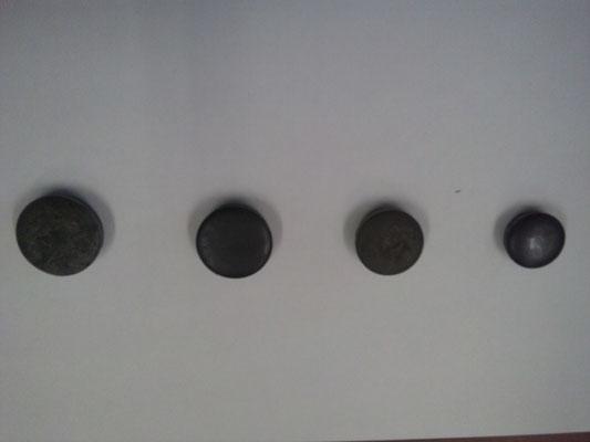 穴埋め用ポンチは自社にて打ち抜いております。 直径22㎜、25㎜、28㎜、30㎜