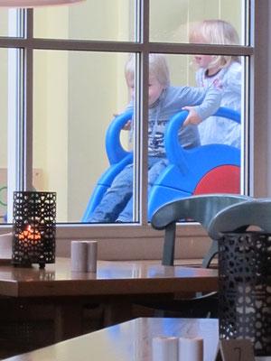 Rutsche im Restaurant Windrose am Südstrand
