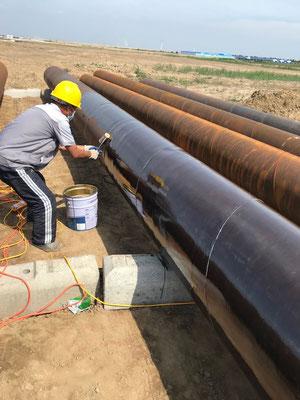 上水道管敷設前 防錆材CCPー117塗布