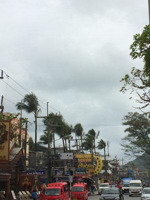 Trubel am Patong Beach
