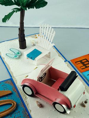 Der niedliche kleine Wagen ist aus dem Shop von Brigitte. Er ist ein wenig tricky und beim zusammenbasteln sollte man besser mit dem Kleber sehr sparsam umgehen.