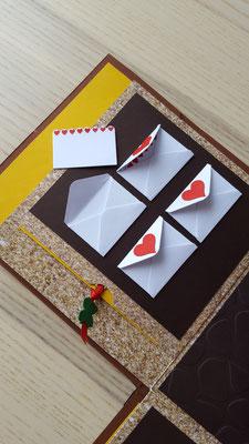 Vier klein Liebesbriefe dürfen gefüllt werden.