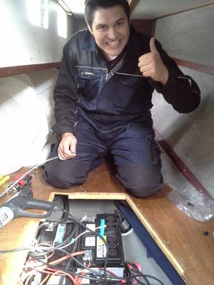 L-I-Elektro unermüdlich an den Batterien