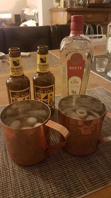 Geheimtipp: Gin&Tonic im Moscow-Mule-Becher. Just Putin the Gin&Tonic.