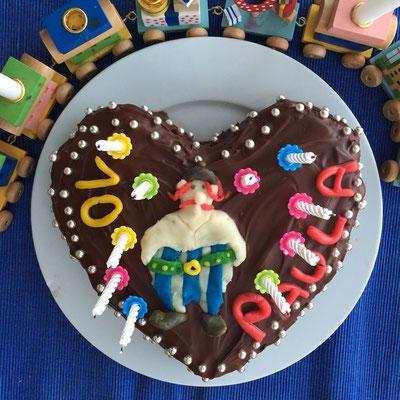 Schokoladen-Herz-Kuchen