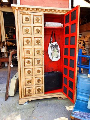 Antiguo y espectacular armario ropero