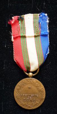 """médaille UNC """" unis comme au front """" Prix 10 euros"""