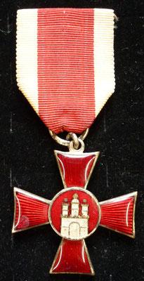 croix du mérite hambourg 1914  bon état Prix : 190 euros