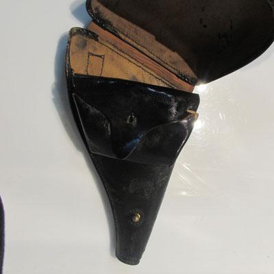 étui revolver 1892