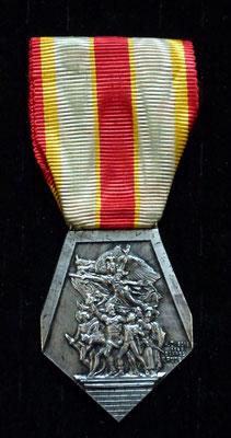 médaille F.N.C.V Prix: 49 euros