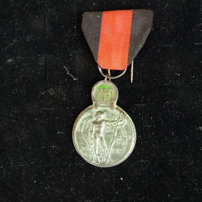 médaille Yser  avec ruban , Prix : 20 euros