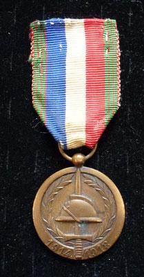 médaille UNC 60ème anniversaire 1914-1918 Prix : 10 euros