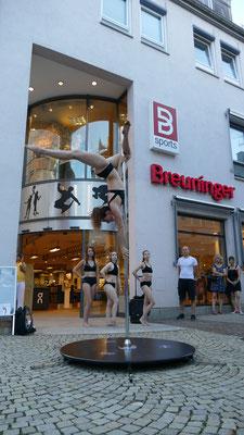 Poledance Butterfly Aufrtitt Breuninger 2019