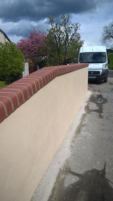 Gartenmauer mit Abdeckung Wasserburg am Inn