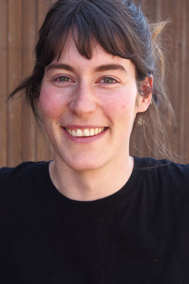 Joana Blum, Praktikantin