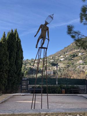 """Die Skulptur von George Sculpteur hat es mir angetan, sie heißt """"Gleichgewicht"""" (www.georgesculpteur.com)."""