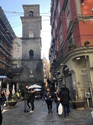 Neapel gefällt uns