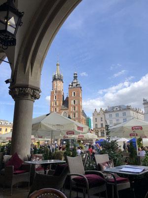 Vom nächsten Sofa aus der Marktplatz von Krakau.