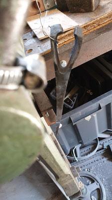 """Ajout d""""acier ressort pour reformer l'arriere du fer"""