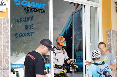 GIANT Bikeshop emotion cycling