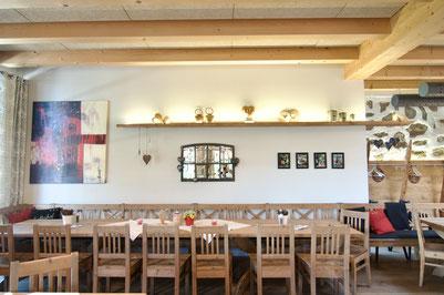 In der hauseigenen Schaubrennerei wird köstlicher Schnaps hergestellt.