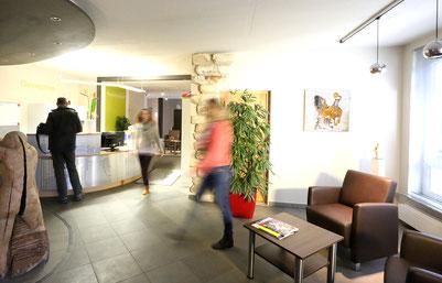 Eingansbereich Praxis Bad Grönenbach Physiotherapie, Osteopathie, Heilpraktik