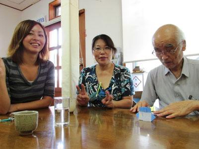 中央はグループホームいずみのホーム長、大木さん  いつもホームの方々を昼食会に連れて来ます。