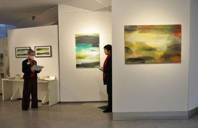 Blick in die Ausstellung, re: Uschi Lüdemann, Foto: Anna Maria Letsch