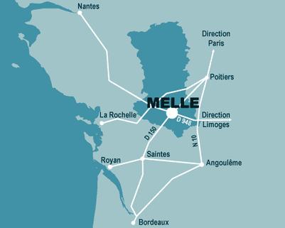 Carte de la situation géographique de Melle dans les Deux-Sèvres entre La Rochelle Poitiers et Angoulême et entre Nantes et Bordeaux