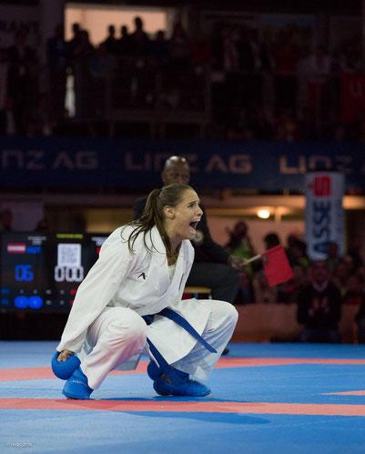 Alisa Buchinger @Josef Derflinger/karate2016.at