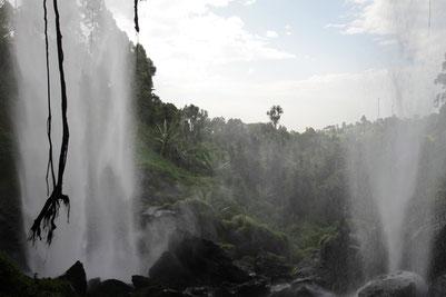 Водопады Sipi Falls- самые красивые водопады в Уганде