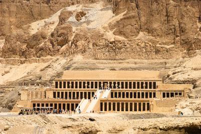 Templo de la poderosa faraona Hatshepshut