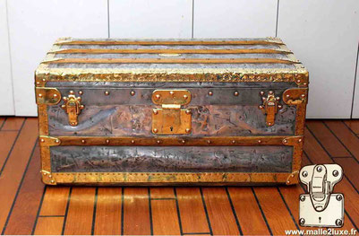 Louis Vuitton Zinc and Brass Cabin Trunk Year: 1888  Brass borders and corners  Special feature: Copper nails (red nail)  Lock: Anti return - 2 grooves  Dimensions: 42 cm x 71 cm x 33 cm